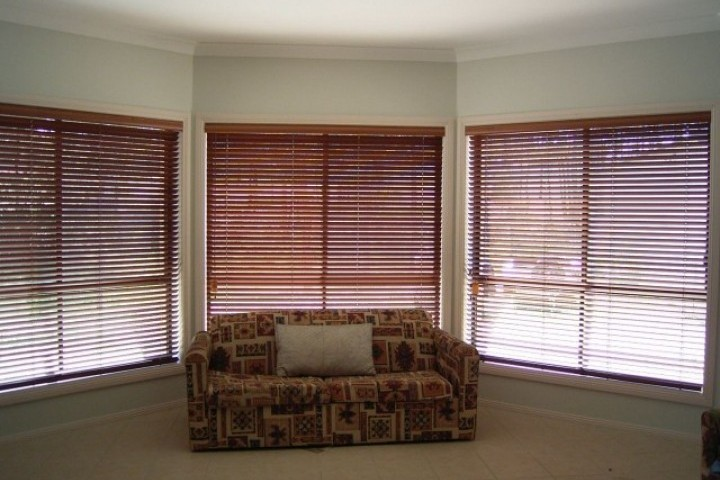 Signature Blinds Western Red Cedar Shutters 720 480